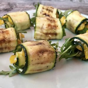 hapjes buffet en high tea - courgetterolletje geitenkaas